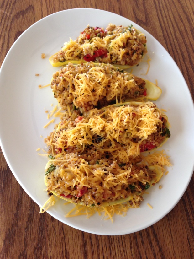 Squash Stuffed with Bulgur and Roasted Bell Peppers